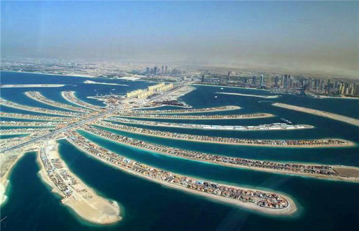 坐落阿联酋迪拜的棕榈人工岛上